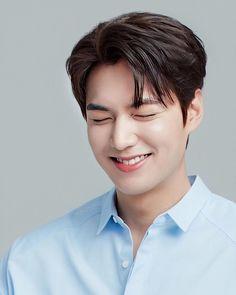 Lee Min Ho Images, Lee Min Ho Photos, Handsome Korean Actors, Handsome Boys, Lee Min Ho Wallpaper Iphone, Lee Min Ho Kdrama, Kim Go Eun, Joong Ki, Kdrama Actors