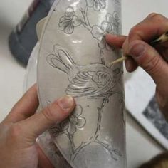 Drawing on pottery