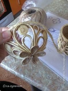 1 Million+ Stunning Free Images To Use A - Diy Crafts Twine Crafts, Yarn Crafts, Handmade Christmas Decorations, Christmas Crafts, Handmade Crafts, Diy And Crafts, Jute Flowers, Rope Art, Free To Use Images