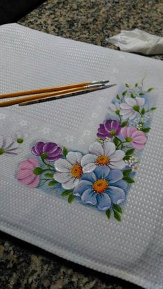 Home living color wall treatment kitchen design Tole Painting, Fabric Painting, Fabric Art, Embroidery Patterns, Hand Embroidery, Fabric Paint Designs, Stained Glass Patterns, Beautiful Paintings, Flower Art
