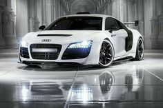 ❤ Best of Audi @ MACHINE... ❤ (Audi R8 Roadster with Attitude)
