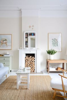 The New Living Room – so far – The Yvestown Blog