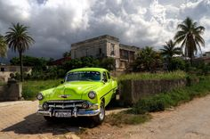 This is another thing I very often do: I ask to locals to get around. In Cuba th. - My old classic car collection Cuba, Old American Cars, Old Classic Cars, Spanish, Old Things, How To Get, Clouds, Island, Havana