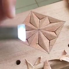 Wood Carving Designs, Wood Carving Patterns, Wood Carving Art, Wood Art, Woodworking Techniques, Woodworking Bench, Woodworking Projects Plans, Popular Woodworking, Unique Woodworking