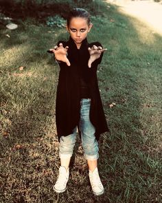 d6e2f4d99546 Stranger Things Punk Eleven Halloween Costume, Millie Bobby Brown, Cosplay,  Season 2, Cute