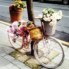 Esta bicicleta con clase y estilo es de Bilbao y se nota!!! Anda la ostia si se nota