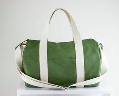 46e8b1cc8 Green Bag Duffel Bag Sport Bag Long and Adjustable Strap Washable Bag Gym  Bag Yoga Bag Chic Useful Wide Zipper Closure Unisex Bag Circle Bag
