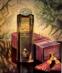 Coty Perfumes: La Fougeraie Au Crepuscule by Coty Perfume Ad, Vintage Perfume, Perfume Bottles, Smelling Salts, Bottle Art, French Vintage, Coty, Fragrances, Woman