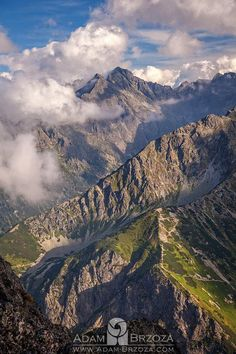 Adam Brzoza #tatry #tatra #tatramountains #mountains #Poland #Europe #landscape Polish Mountains, High Tatras, Tatra Mountains, Over The Hill, Washington State, Alps, National Parks, Scenery, Europe