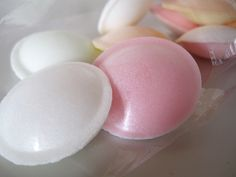 """""""Tefat"""" sweets in shape of a flying saucer"""