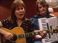 Iris Dement From Transatlantic Sessions series 1 (1995/6)  accordion: Phil Cunningham  guitar: Russ Barenberg  fiddle: Jay Ungar  bouzouki: Donal Lunny  bass: Molly Mason