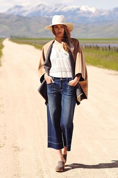 Pilcro Wide-Leg Cropped Jeans