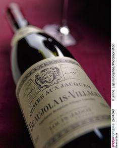 Beaujolais -- Alcool Alcoolisme Beaujolais Boisson Bouteille Maladie Objet Récipient Vin Vin Rouge
