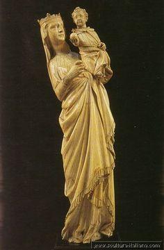Giovanni Pisano - Madonna col Bambino (in avorio, Pisa, Museo dell'Opera del Duomo, 1298-1299). Fringe?