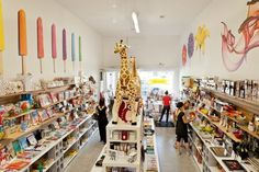 The Best Kids Stores in Los Angeles: Would love to take my nieces and nephews to the Books and Cookies bookstore..Super cute! <3