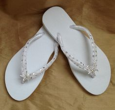 041d42365c84 Bridal Flip Flops - In White With Tropical Starfish Perfect For Your  Destination Beach Wedding