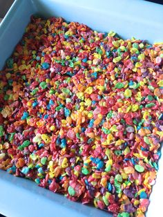 Fruity Pebbles Marshmallow Treats (HELLO HOMEBODY) It's been a busy week around here. We've been packing, painting and patching nail holes as we're preparing to move in a few weeks. It's a sad thing to paint our bold accent walls back to beige. I deci Trolls Party, Trolls Birthday Party, 6th Birthday Parties, Birthday Fun, Birthday Ideas, Birthday Party Snacks, Hawaiian Birthday, Birthday Stuff, Luau Party
