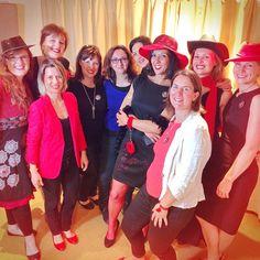 Il fallait oser venir chanter du #Starmania avec ses copines pour son #EVJF, Sylvia l'a fait! Chapeau!! #Paris