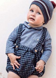 Hats, Fashion, Kids Fashion, Baby Girls, Vestidos, Moda, Hat, Fashion Styles, Fashion Illustrations