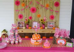 Got an upcoming party to plan? Say hello to these awesome autumn-themed ideas perfect for the crisp weather ahead. Pumpkin Patch Birthday, Pumpkin Patch Party, Pumpkin Birthday Parties, Pumpkin First Birthday, Halloween Birthday, First Birthday Parties, Birthday Party Decorations, 3rd Birthday, Birthday Ideas