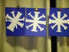 Sneeuwvlokjes maken met stappenplan: het resultaat Meer ideetjes rond thema winter: *liestr*