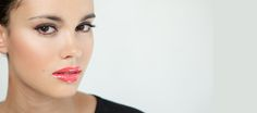Maquillaje natural y labios color coral