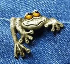 "Whimsical Silver Frog ""Peepers"" Brooch ""Gettin' A Leg Up"" on Etsy, $275.00"