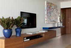 Se você vai se mudar para um apartamento com pouca metragem, diminua a sensação de aperto com dicas do arquiteto Diego Revollo.