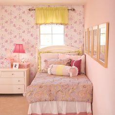 Tư vấn chọn giấy dán tường cho phòng ngủ.