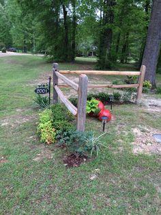 Transcendent Front Garden Fencing Ideas 5 Helpful Hacks: Split Rail Fence Beautiful easy fence f Driveway Landscaping, Backyard Fences, Garden Fencing, Pool Fence, Landscaping Ideas, Corner Landscaping, Farm Fencing, Driveway Fence, Rustic Landscaping