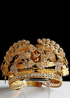 ❤ - 19th Century Gilt Brass Repousse Trembleuse Tiara with Facet Cut Glass Jewels