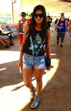 ultra music festival....casual festival clothing for comfort!