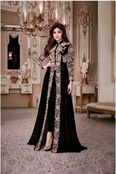 💃 Looking geogeous In #Designer #Embroidery #Suit 🛍️ Shop Now Call / Whatsapp - 0-72111-67111📞 ✔️COD Avail ✔️ 100% Quality Assurance ✔️ #onlineshooping #Dress #suit #fashion #partywear #indowestern Indian Gowns, Pakistani Dresses, Indian Wear, Indian Outfits, Pakistani Bridal Wear, Indian Clothes, Indian Bridal, Abaya Fashion, Fashion Pants