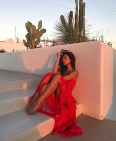shay mitchell wearing red ruffle maxi dress summer vacation style photoshoot 16 Sizzling Hot Red Outfits To Slay In Old Skool Outfits, Summer Vacation Style, Vacation Outfits, Vacation Photo, Vacation Wear, Style Summer, Foto Casual, Maxi Robes, The Dress