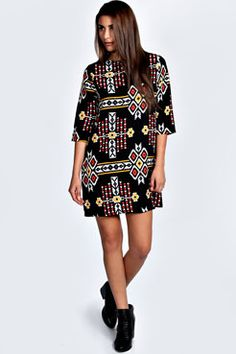 Shop boohoo's range of womens and mens clothing for the latest fashion trends you can totally do your thing in, with of new styles landing every day! Fashion Prints, Boho Fashion, Moda Boho, Online Shopping Clothes, Boho Outfits, Day Dresses, My Style, Casual, Boohoo