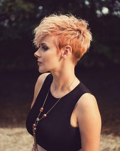 10 Peppy Pixie Cuts - Boy-Cuts & Girlie-Cuts to Inspire 2020 Short Hair For Boys, Short Hair Cuts For Women, Short Hairstyles For Women, Summer Hairstyles, Pixie Hairstyles, Pixie Haircut, Hairdos, Pixie Styles, Short Hair Styles