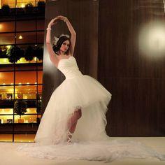 Robe de mariee en taffetas et tulle courte devant Tomy Mariage