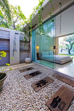 : They also come with private outdoor showers. indoor outdoor shower outdoor shower home indoor minimalist 6 on bathroom design. Outdoor Baths, Outdoor Bathrooms, Outdoor Toilet, Luxury Bathrooms, Dream Bathrooms, Outdoor Seating, Outdoor Spaces, Outdoor Decor, Backyard Seating