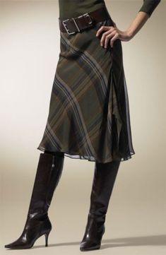 Lauren by Ralph Lauren Plaid Skirt - 2019 Skirts With Boots, Plaid Skirts, Tartan Fashion, Fashion Outfits, Womens Fashion, Skirt Outfits, Dress Skirt, Kilt Skirt, Super Moda