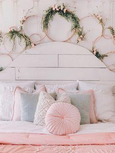 A Pink Velvet Pillow Is Must For Comfy Bedding Set Afflink