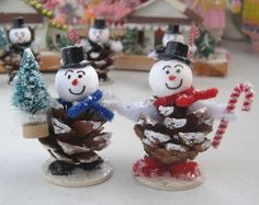 Vintage Inspired Christmas Snowmen – Welcome My World Pine Cone Christmas Decorations, Christmas Ornament Crafts, Snowman Crafts, Christmas Crafts For Kids, Christmas Snowman, Christmas Projects, Holiday Crafts, Christmas Makes, Homemade Christmas Gifts