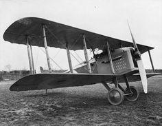 BRITISH AIRCRAFT FIRST WORLD WAR (Q 67973) Mann Egerton Type H (H.1) single seat shipboard fighter biplane.