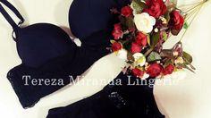 O luxo de ser quem você é!🌷 #terezamirandalingerie #boatarde #preto #flores #renda luxo #details #modaintima #terezamiranda