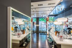 Showroom.- Osaba Iluminación #LightingDesigners #Iluminacion #Luz #OsabaIluminacion Lighting Showroom, Led, Retail Design, Fancy, Lights, Shop, Innovative Products, Blue Prints, Lighting