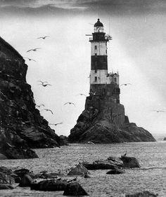 marietoinette: love lighthouses <33