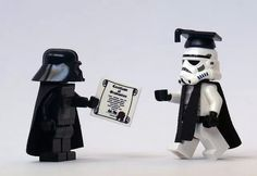 La graduacion de un Stormtrooper en LEGO