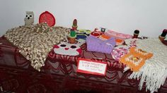 1° Muestra  colectiva  de  Espacio  Cukin  montevideo  esquina  14  planta  alta  n4611  Berisso  teléfono  464 58 11  Prof  Sara  Beatriz  Perez ,  crochet