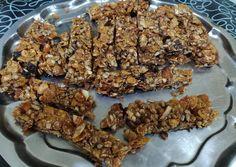 Barritas de cereales caseras deliciosas Receta de aliciaarechavala- Cookpad Tostadas, Granola, Meat, Chicken, Breakfast, Desserts, Food, Chocolate Chips, Shredded Coconut
