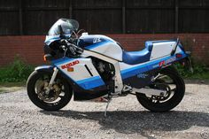 My Favorite bike of all. I loved this thing! Was sorry to see it go. 1986 Suzuki GSX-R 1100