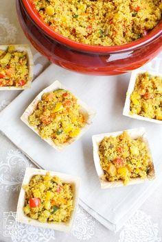 Coloratissimo e saporito, il couscous alle verdure è un piatto facilissimo, originale e gustosissimo: ecco la mia ricetta.